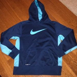 Youth large NIKE sweat shirt hoodie Therma-Fit